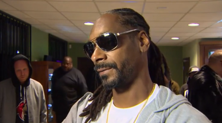 Snoop Dogg | Visits Seattle Retailers